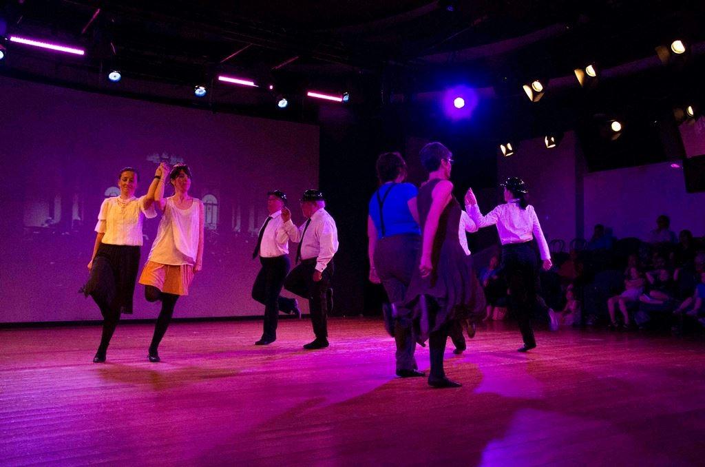 rois_dance_102